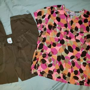 Koi Scrub Set Pinks & Browns XL Top & Large Pants